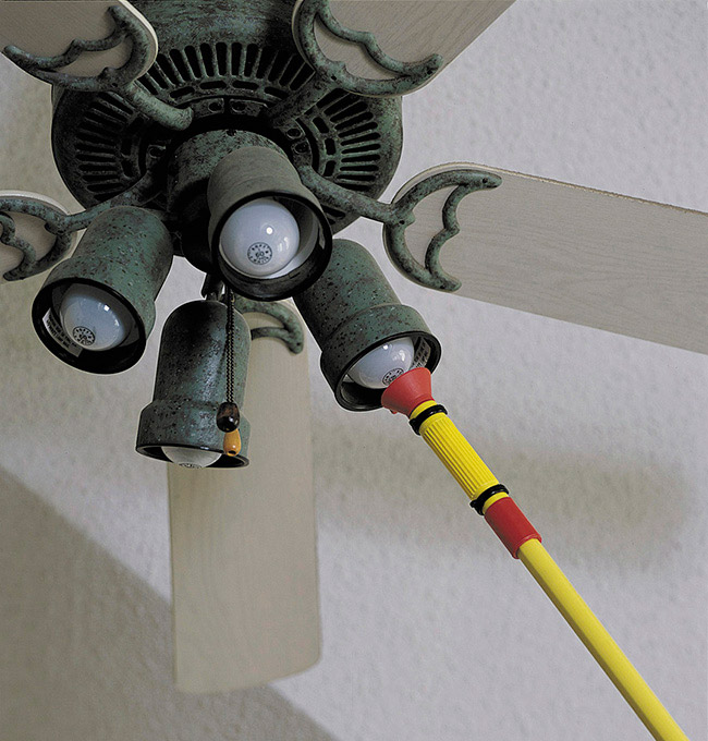 The Best Light Bulb Changer By Mr Long Arm